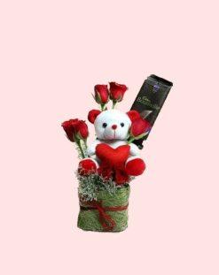 Teddy Bear with roses -0