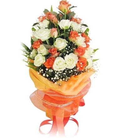Amazing Roses Bouquet-0