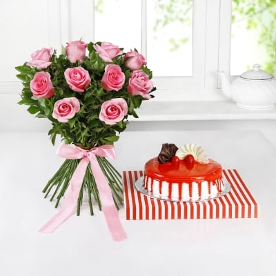 Small Bouquet with Roses-0