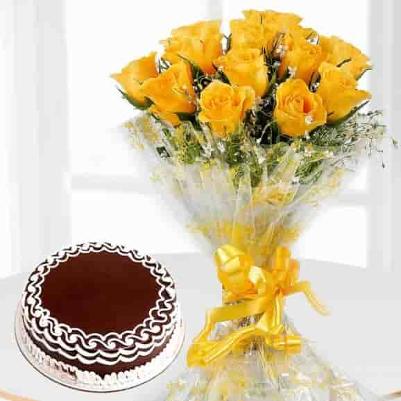 Yellow Rose And Designer Cake -0