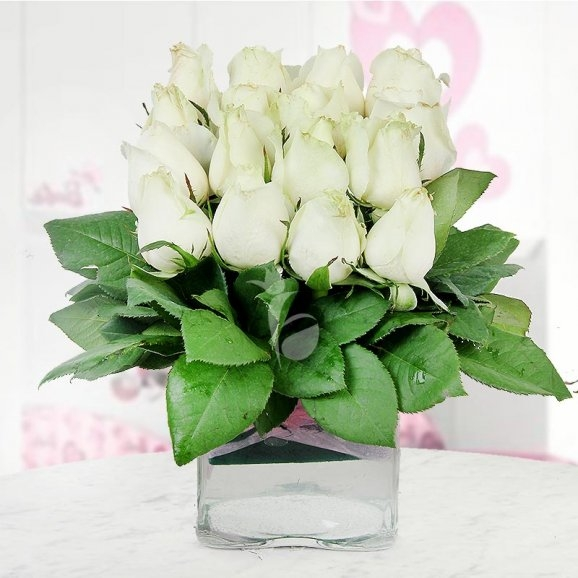 Lovely White Roses In Vase -0