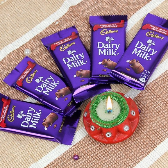 Chocolates with Big Diya-0