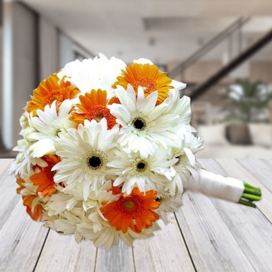 Simple Gerbera Bouquet-0