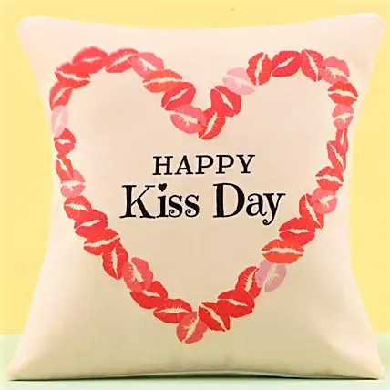 Kisses Printed Cushion