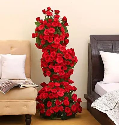 Long Rose Arrangement