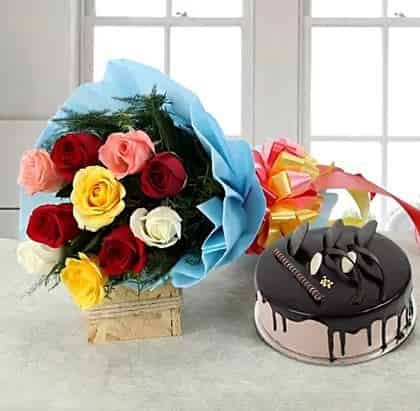 Mix Roses with Chocolate Cake